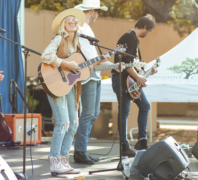 Brooke White performing in Thousand Oaks, CA