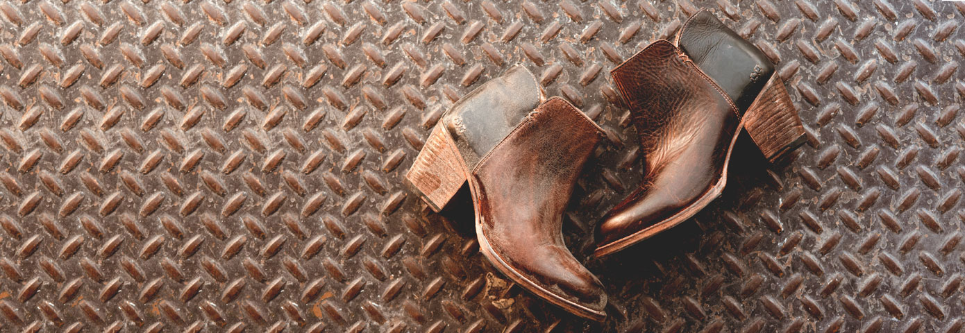Give your leather footwear a breath of fresh air with a cleaning, conditioning and polishing session